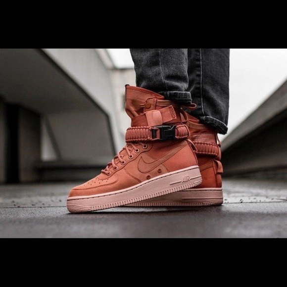 NEW Nike SF AF1 Air Force 1 Boots High Winter Mens NWT